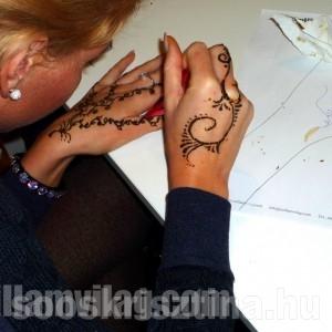 Henna oktatás, oktató: Soós Krisztina
