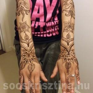 Esküvői hennafestés, pakisztáni minta. Hennafestő: Soós Krisztina