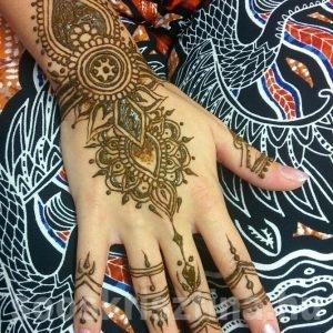 Indiai henna, hennafestő: Soós Krisztina