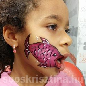 Hal arcfestés, arcfestő: Soós Krisztina