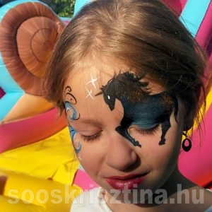 Ló arcfestés, arcfestő: Soós Krisztina