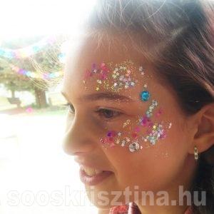 Flitteres arcfestés, arcfestő: Soós Krisztina